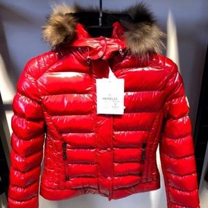 MONCLER WOOMEN'S RED COLOR PUFFERS JACKETS